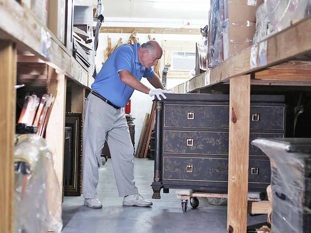 Hugo's Fine Furniture and Interiors White Glove Storage - North Florida